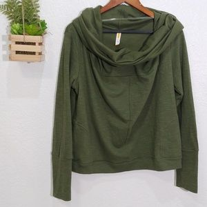 Lucy crop boxy fit cowl neck sweatshirt size L